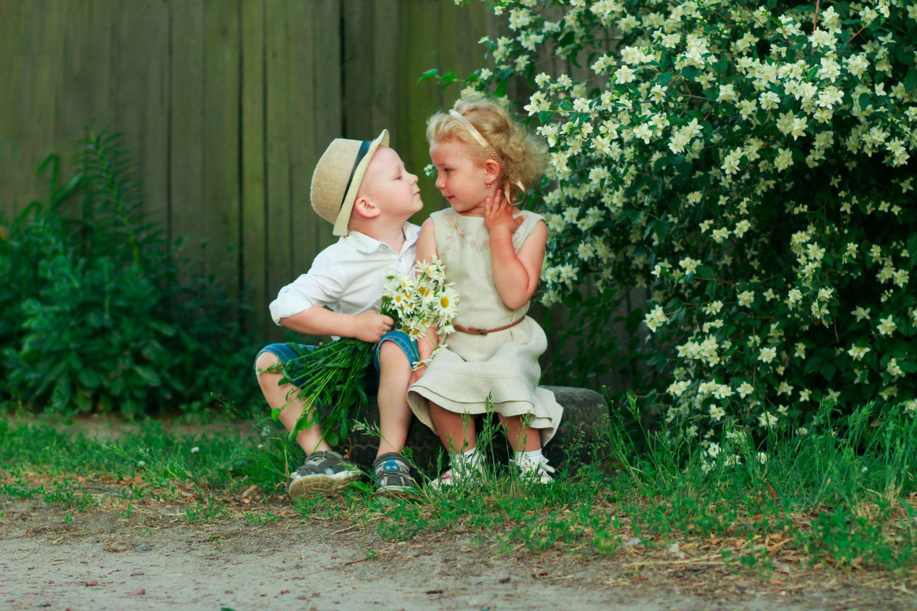 Детская первая любовь картинки
