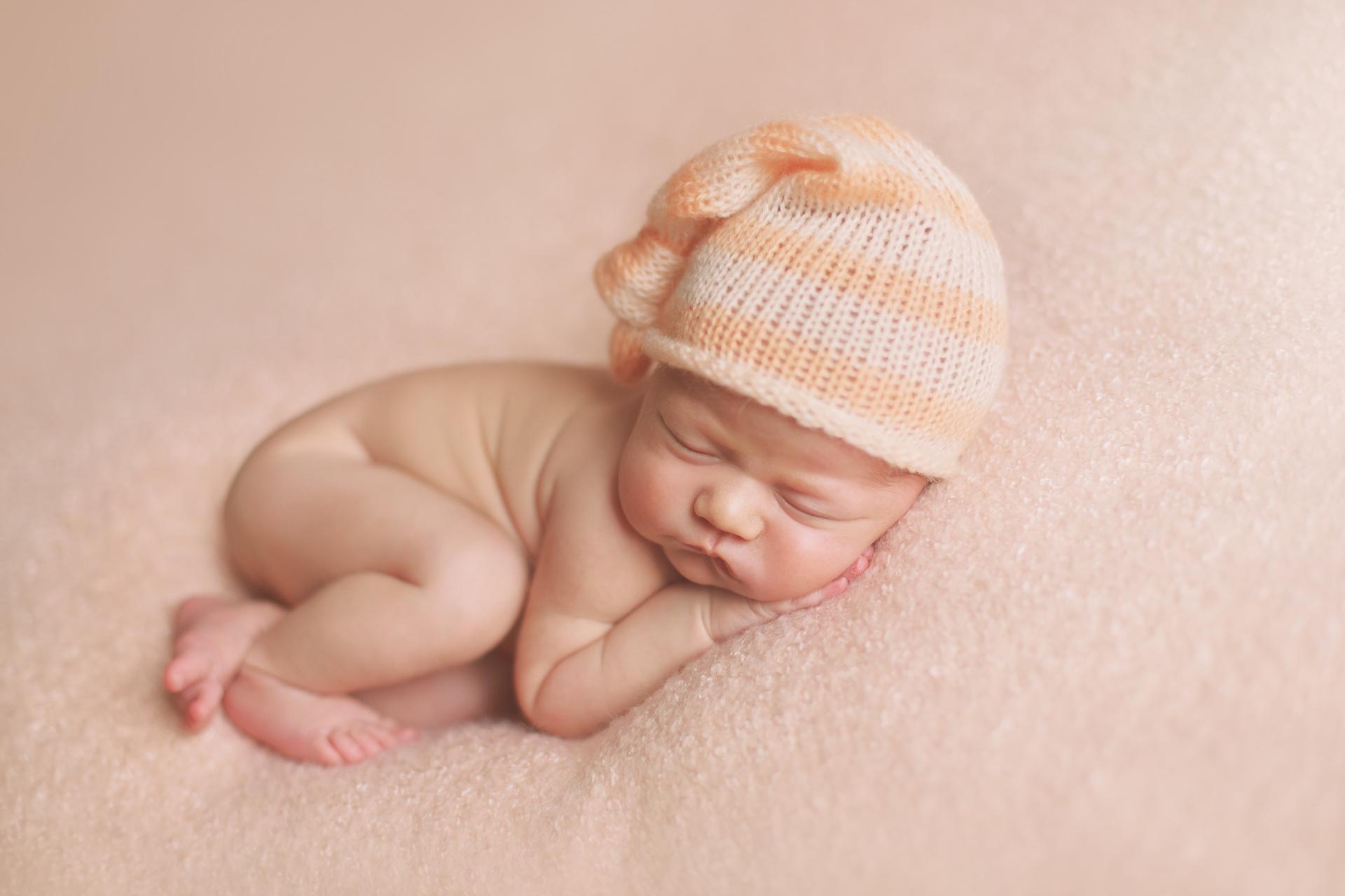 Как сделать красивые фото новорожденного дома