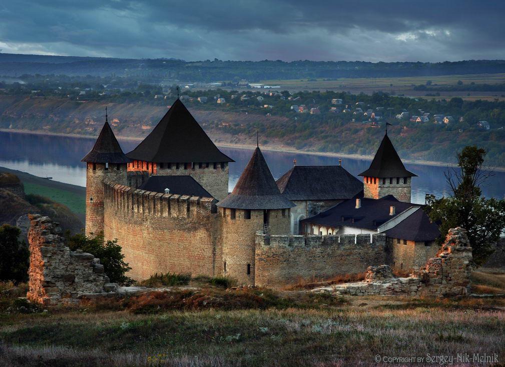 замки украины фото собаки бывают