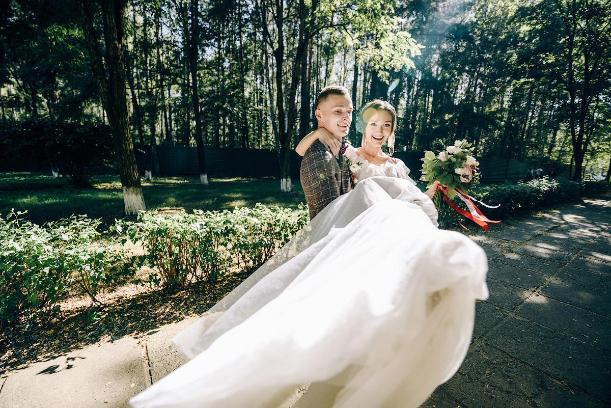мироздание свадебный маршрут в санкт петербурге для фото сути