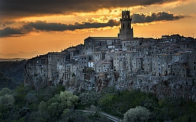 Pitigliano...at the end of the day | Фотограф Danny Vangenechten | foto.by фото.бай