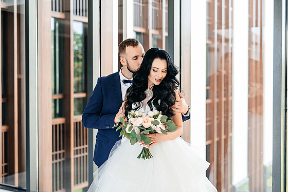 Час в свадебного стоимость фотографа в европе часы продать