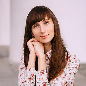 Анна Розова